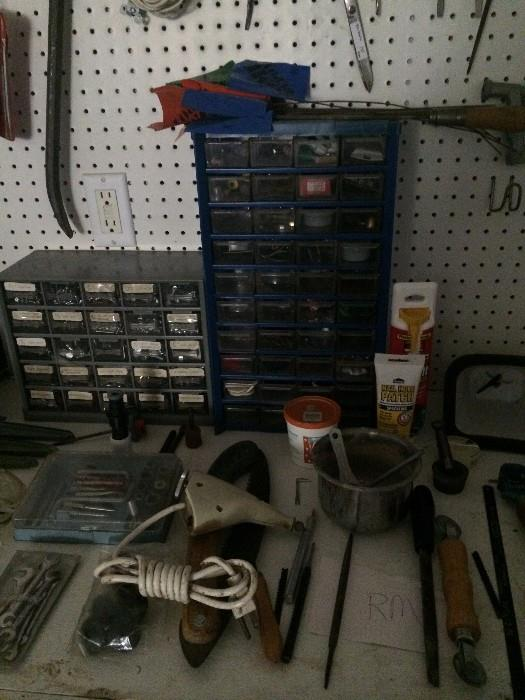 "Many hand tools ---- 3 car garage full of ""treasures"""