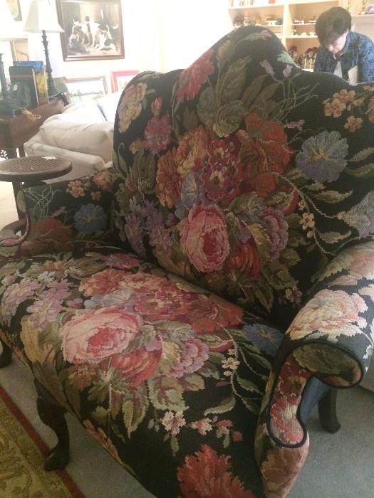 Lovely settee with large floral pattern