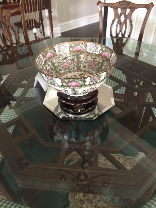 Exceptional octagon glass top dining table with beautiful base