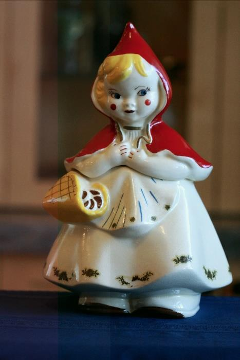 Little Red Riding Hood Cookie Jar made by Hull