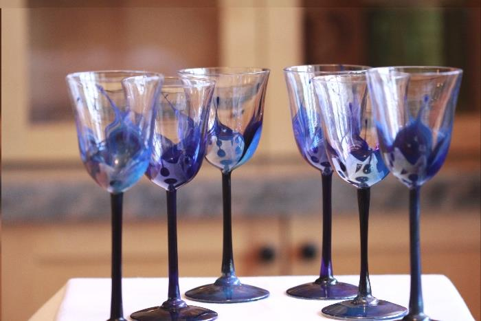 hand-blown art glass stemware made and signed by Randy Strong - www.rstrong.com