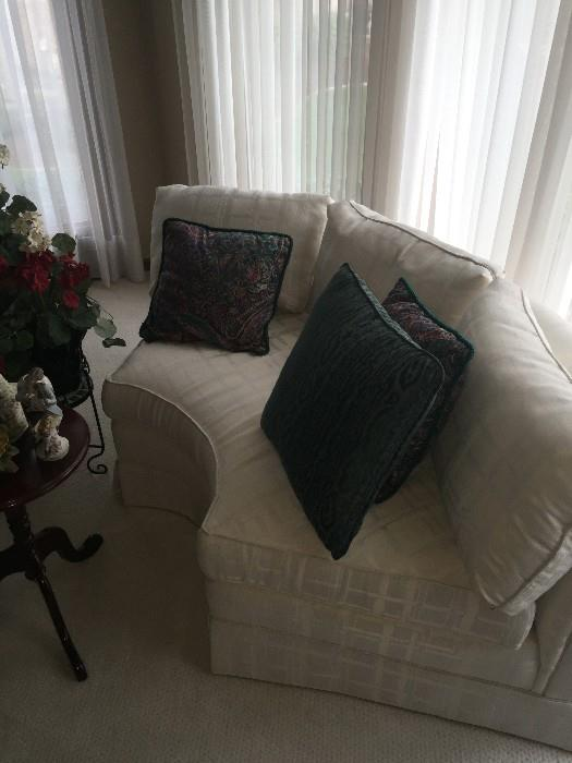 CREAM COUCH / 3 PIECE SECTIONAL BY LAINE