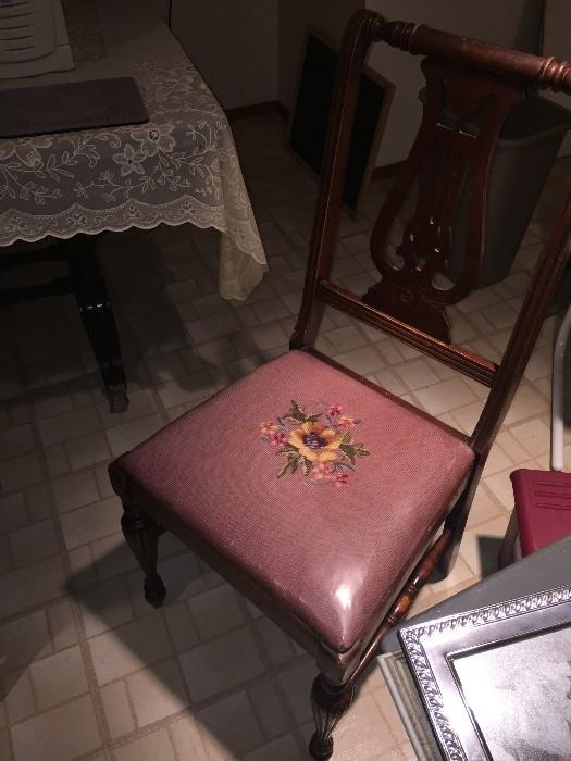 ANTIQUE NEEDLEPOINT CHAIRS AND TABLE SET