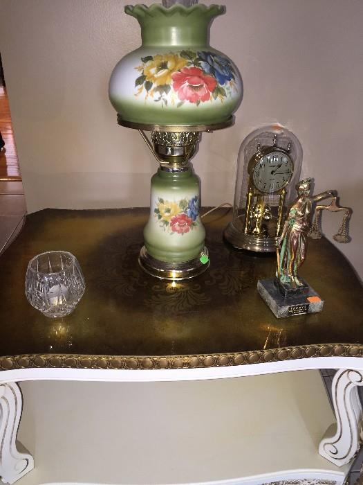 VINTAGE GREEN FLORAL GLASS LAMP