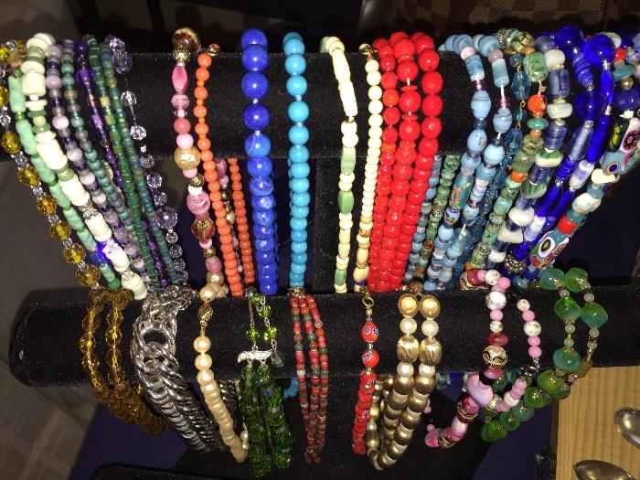 VINTAGE COLORFUL GLASS JEWELRY