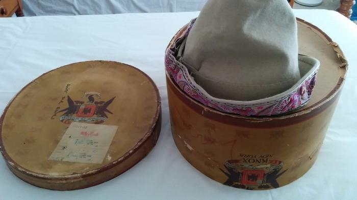 Cool vintage hat/box, from Miller & Rhoads, Richmond, VA