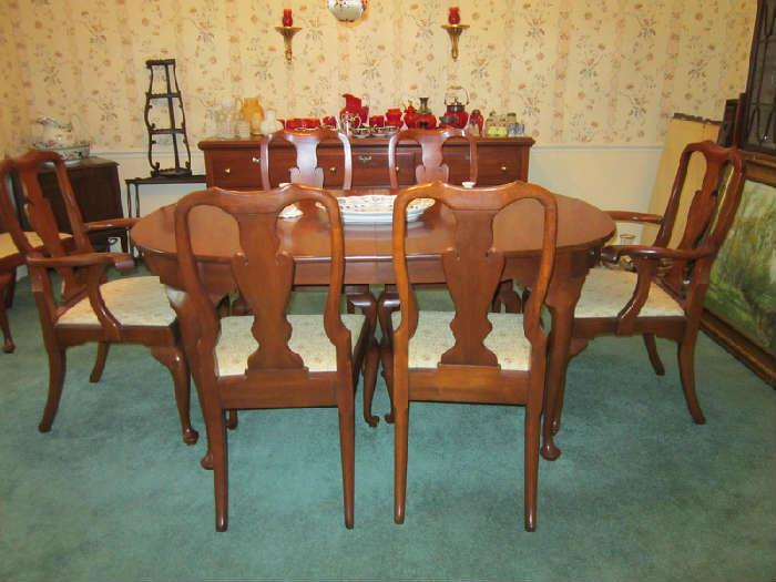 Henkel Harris DR table 8 chairs and buffet