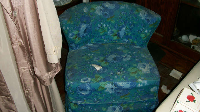 Vintage pair of chairs.