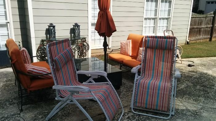 Nice outdoor furniture, even better if you're a Vols fan!