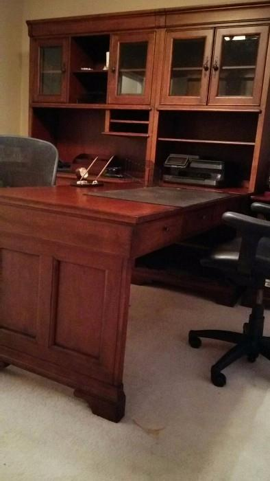 Another angle of the office suite.