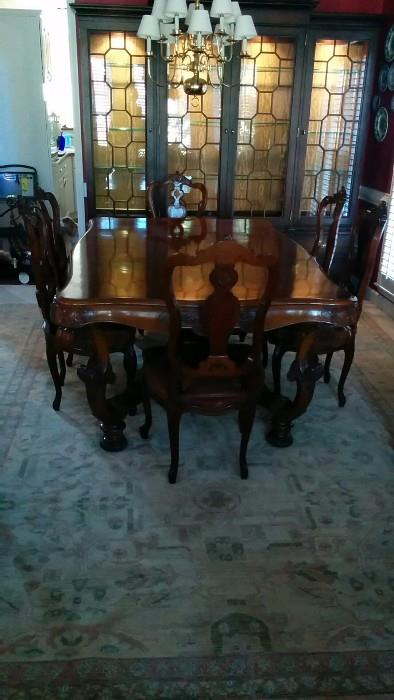 Voila! Her you can see how nice the dining room table and chairs makes love to a boring Oushak rug.                   I FEEL the love!