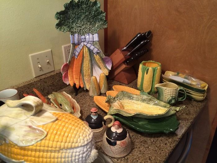 Nice collection of corn pieces - modern & vintage