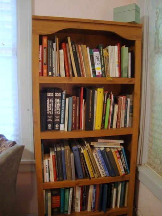 LOTS OF Medical books