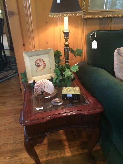End table & other decor