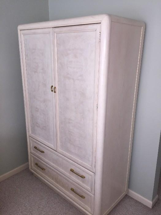BEAUTIFUL CREAM THOMASVILLE BEDROOM SET-ARMOIRE