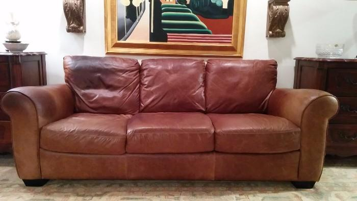 Here's a better pic of the Ital leather sofa