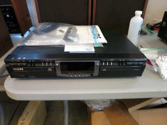 Philips CDR 765.  Tested for playback.  Plays and functions well.  Recording not tested.