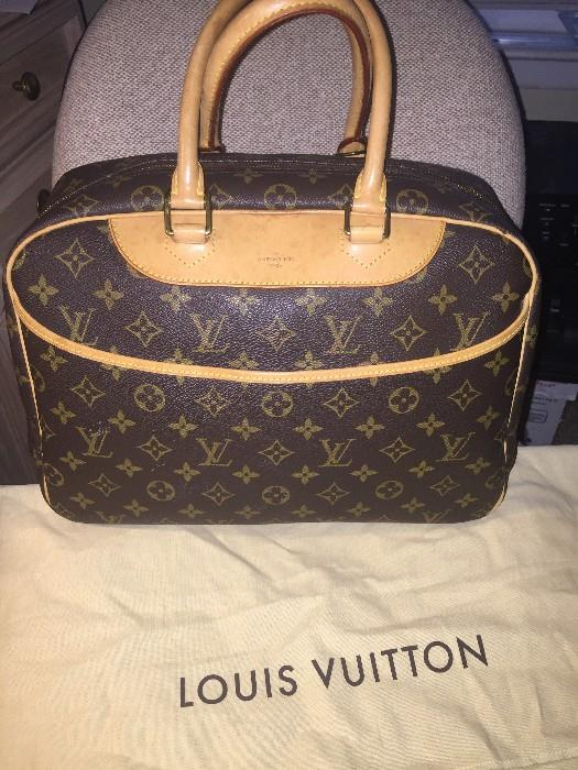 AUTHENTIC LOUIS VUITTON DEAUVILLE SMALL LUGGAGE BAG WITH DUSTBAG