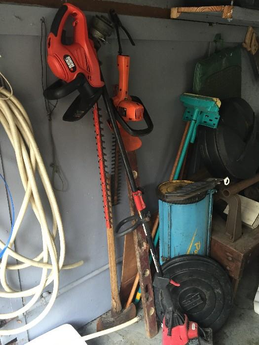 YARD ACCESSORIES, HEDGER, TRIMMER AND MORE