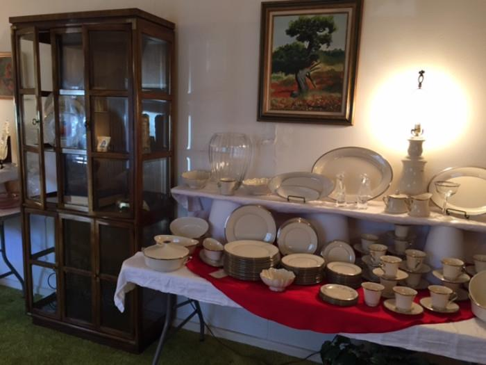 A Nice Etegare In Wonderful Shape and Lenox Solitaire China. Notice The Tall Mikasa Vase In The Left Top Corner Of The Table.  Must See To Appreciate It.