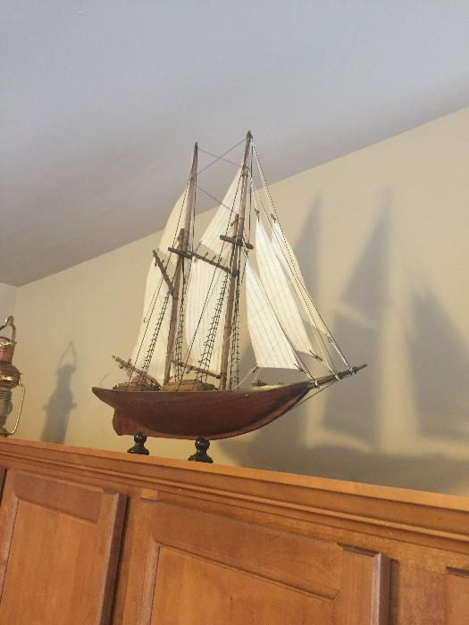 SAIL BOAT / HOME DECOR'