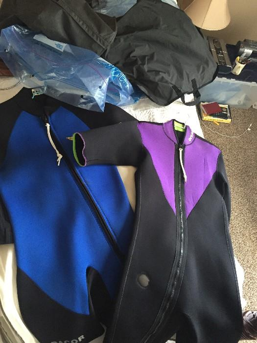 WET SUITS SIZE MEDIUM
