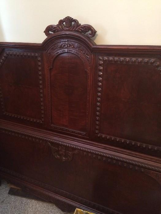 Exceptional antique 4-poster bed