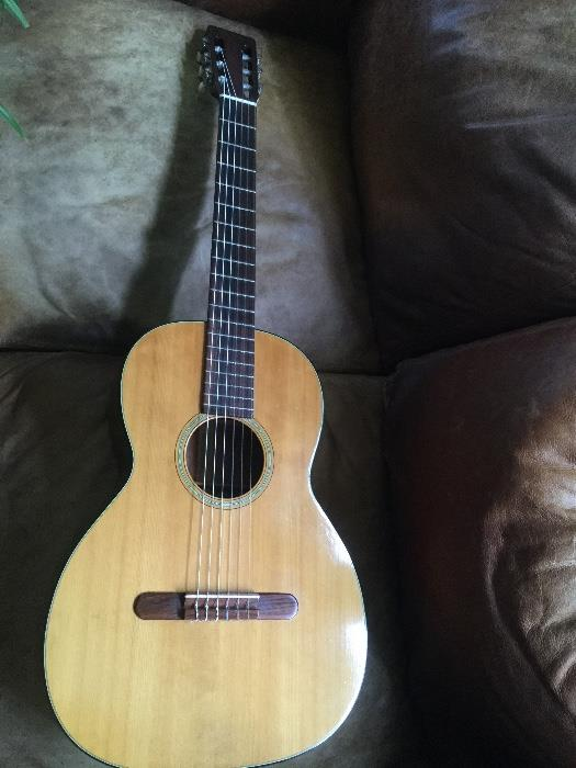 Martin 00-18C natural acoustic guitar - in very good condition.  Comes with Lifton case.