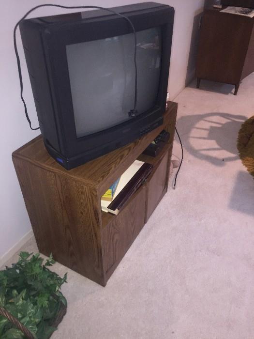 TV STANDF AND TV