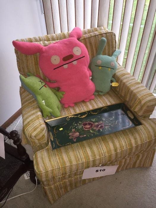 VINTAGE CHAIR AND UGLY DOLLS TOYS