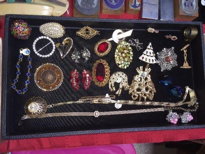 RHINESTONE AND CRYSTAL VINTAGE JEWELRY