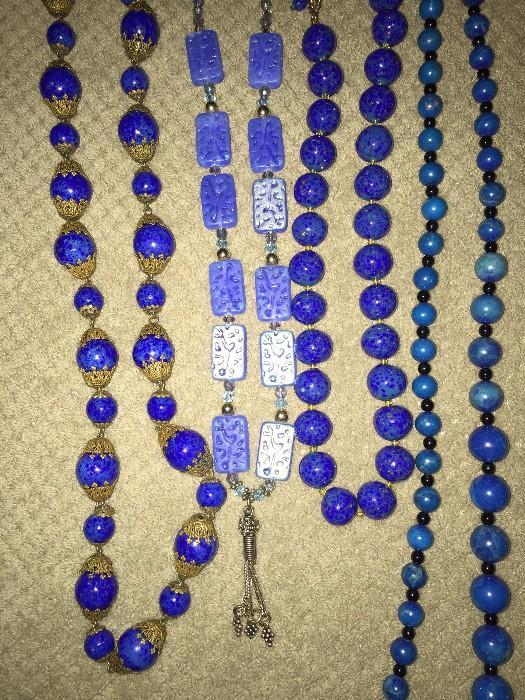 VINTAGE BLUE GLASS BEAD JEWELRY