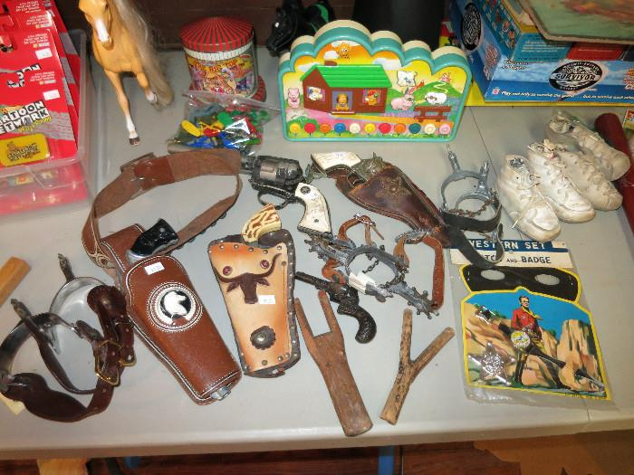 Vintage Kit Carson, Hubley, And Daisy Toy Guns, Primitive Sling Shots, Children's Spurs