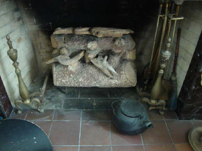 Gas logs, iron Tea kettle