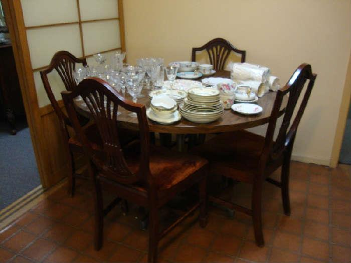 Set of 6 Duncan Phyfe Chairs