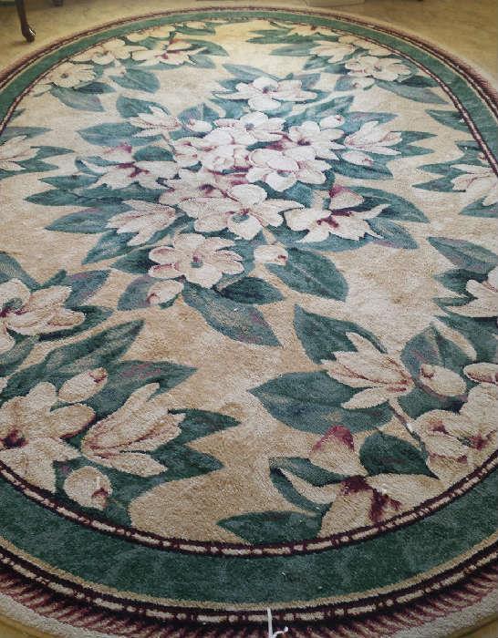 rug with magnolias