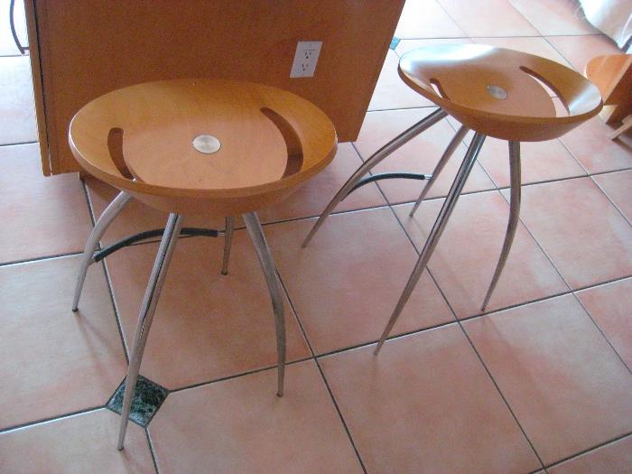 We have 4 of these Italian stools