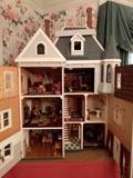 Aaaaaand the doors swing open on the Victorian wonder dollhouse.