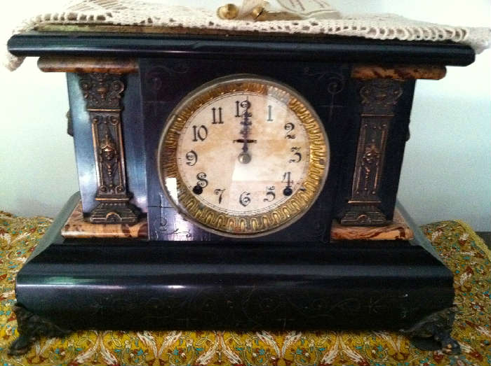 """Seth Thomas Mantle Clock, Black Lacquer with Faux Painted Marble Top, Dated 1880 (10"""" x 14-3/4"""")"""