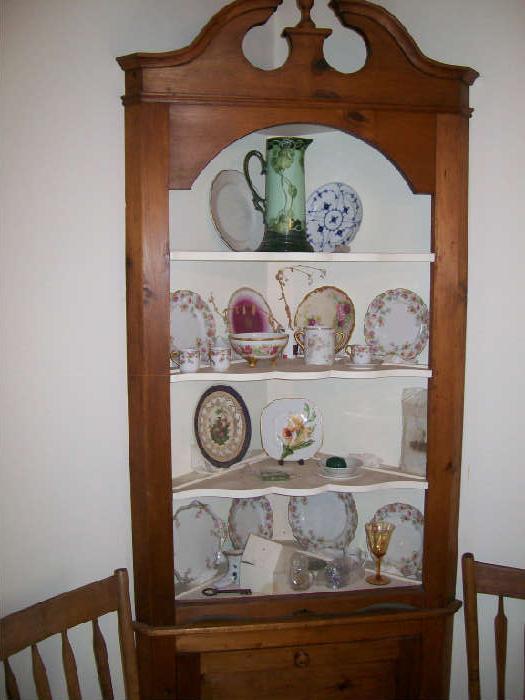 Pr Corner Cabinets