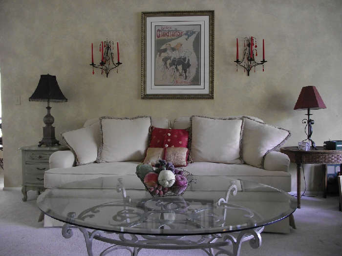 Gorgeous Norwalk Sofa
