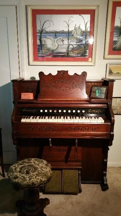 Pump Organ