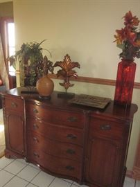 Buffet, Duncan Phyfe, Matching Table w/6 chairs & China Cabinet