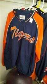 Football & Baseball Sports Jerseys & Jackets