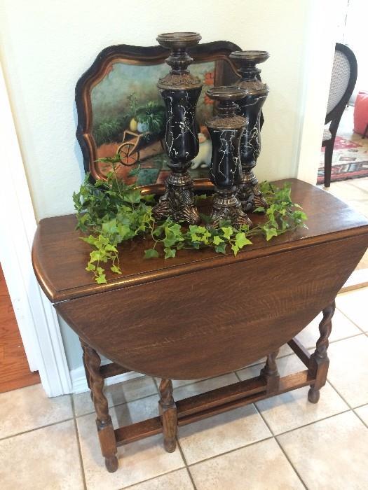 Antique gate-leg drop leaf barley twist table