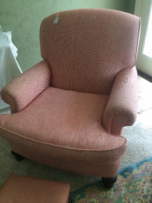 Like-new upholstered occasional chair