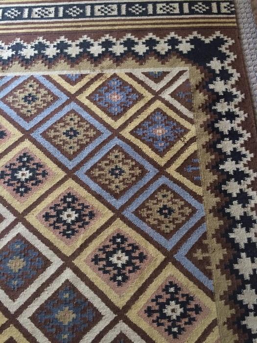 4 feet x 6 feet rug