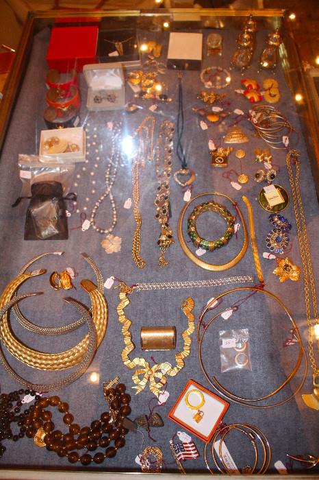 Fine & Costume Jewelry
