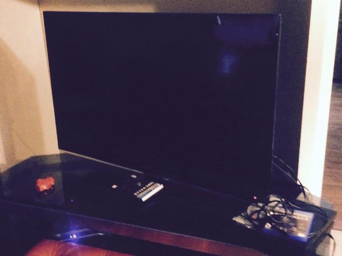 LARGE SCREEN TV AND TABLE