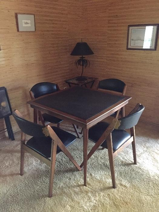 Mid-century modern Stakmore Table and Chairs